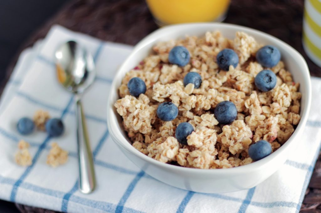 How To Eat Breakfast In A Healthy Manner